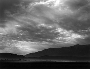 dust-storm-manzanar-800px